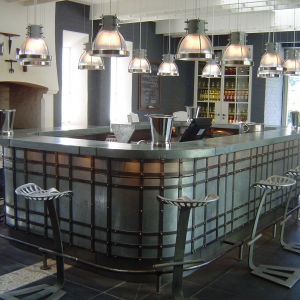 Bar-Winery.jpg-nggid0239-ngg0dyn-300x300x100-00f0w010c011r110f110r010t010