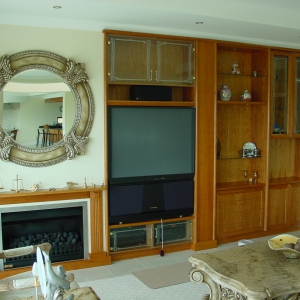 TV-UNIT1-IN-CHERRY.JPG-nggid0252-ngg0dyn-300x300x100-00f0w010c011r110f110r010t010